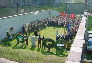 Commemorazione al sacrario del Martinetto. Fotografia tratta da http://www.comune.torino.it