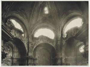 Via Genova 8, Chiesa di San Michele Arcangelo. Effetti prodotti dall'incursione aerea dell'8 novembre 1943. UPA 4132_9E04-22. © Archivio Storico della Città di Torino