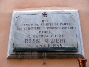 Lapide dedicata a Rossi Rizieri (1898 - 1945)
