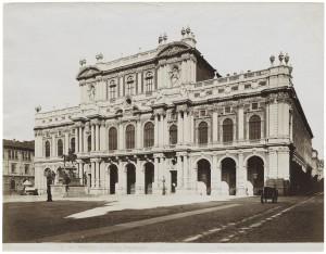 Palazzo Carignano, prospetto su piazza Carlo Alberto. © Archivio Storico della Città di Torino