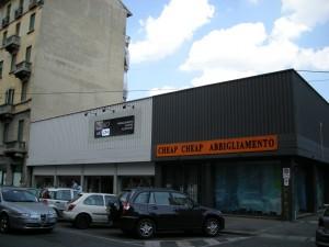 Edificio a uso abitazione e negozio in via Nizza 385