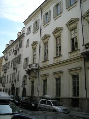 Edificio di civile abitazione in Via San Dalmazzo 13