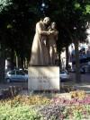 Particolare della statua eretta nel 1960. Fotografia di Silvia Bertelli