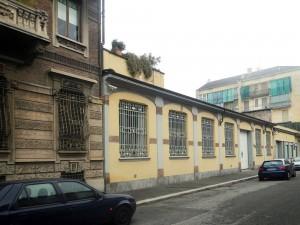 Ex fabbrica in via dogliani 14. Fotografia di Gianluca Beltran Komin, 2015 in www.immaginidelcambiamento.it