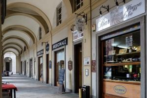 Antica Piazza delle Erbe, ex Nuovo Talmone, già Caffè Raviolo