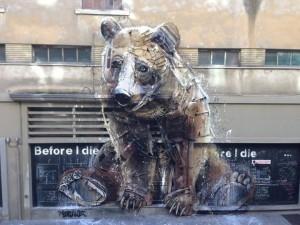 Andrea Spoto, Before I Die… Black Dream Wall - Bordalo II, The big bear, 2016, teatro Colosseo