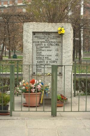 Monumento ai Caduti di Cefalonia e Corfù. Fotografia di Giuseppe Caiafa, 2011