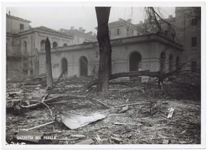 Regia Università, Facoltà di Magistero, Via della Cittadella 3. Effetti prodotti dai bombardamenti dell'incursione aerea del 9 dicembre 1942. UPA 3022_9D02-44. © Archivio Storico della Città di Torino