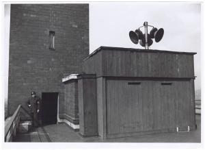 s.l. [Unione Nazionale Protezione Antiaerea - UNPA] - Magazzino indumenti protettivi e attrezzature. UPA 9F01-46. © Archivio Storico della Città di Torino