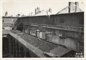 Regia Università, Via Po 17. Effetti prodotti dai bombardamenti dell'incursione aerea del 13 luglio 1943. UPA 3635_9E01-27. © Archivio Storico della Città di Torino/Archivio Storico Vigili del Fuoco