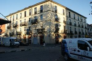 Casa di civile abitazione in piazza Crispi 52 ang. corso Novara 1