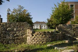 Resti di mura presso la Porta Palatina. Fotografia di Marco Saroldi, 2010. © MuseoTorino
