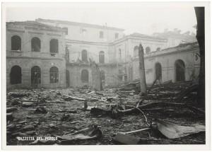 Regia Università, Facoltà di Magistero, Via della Cittadella 3. Effetti prodotti dai bombardamenti dell'incursione aerea del 9 dicembre 1942. UPA 3021D_9D02-40. © Archivio Storico della Città di Torino