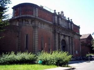 Ingresso monumentale su corso Vittorio Emanuele II. Fotografia di Silvia Bertelli