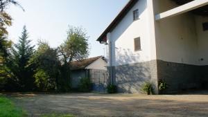 Ingresso dal lato nord-est della cascina Spinetta. Fotografia di Edoardo Vigo, 2012.