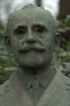 Busto di Paolo Thaon di Revel. Fotografia di Giuseppe Caiafa, 2011