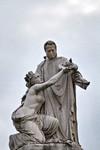 Giovanni Duprè, Monumento a Camillo Benso Conte di Cavour (particolare di Cavour e dell'Italia), 1865-1873. Fotografia di Mattia Boero, 2010. © MuseoTorino.