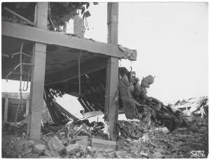 Corso Francesco Ferrucci 122. Fabbrica SPA. Effetti prodotti dal bombardamento dell'incursione aerea del 20-21 novembre 1942. UPA 2065_9B05-09. © Archivio Storico della Città di Torino