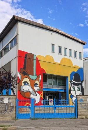 Deder, murale senza titolo, scuola Collodi, corso Croce
