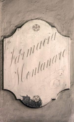 Farmacia Montanaro-Bacolla, insegna esterna, 2017 © Archivio Storico della Città di Torino
