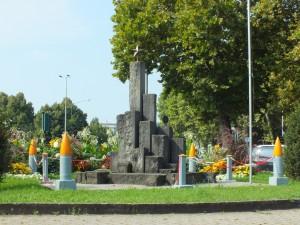 Monumento ai caduti di tutte le guerre, del lavoro e della violenza e in ricordo dell'8 settembre 1943