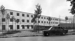 Il fronte dello stabilimento su via Bioglio. Fotografia Giuseppe Beraudo, 1973