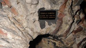Particolare della volta di copertura del condotto fognario di età romana nel parcheggio sotterraneo di via Roma (3). Fotografia di Plinio Martelli, 2010. © MuseoTorino.