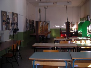 Casa Circondariale Lorusso Cutugno, aula per il corso professionale di impiantistica. Fotografia di Silvia Bertelli