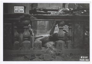 Via Palazzo di Città 20, Chiesa del Corpus Domini. Effetti prodotti dai bombardamenti dell'incursione aerea del 13 luglio 1943. UPA 3607_9D06-53. © Archivio Storico della Città di Torino
