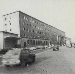 Palazzo delle poste a Porta Nuova