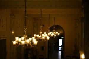 Sala interna al piano terra del Conservatorio Giuseppe Verdi. Fotografia di Edoardo Vigo, 2012