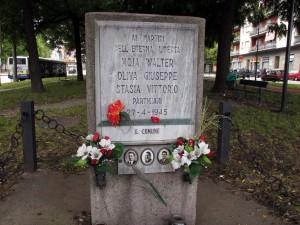 Lapide dedicata a Walter Moia, Giuseppe Oliva, Vittorio Stasia