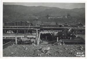 Villar Perosa (Torino) s.l. Stabilimento RIV. Effetti prodotti dai bombardamenti dell'incursione aerea del 3 gennaio 1944. UPA 4311_9E05-02. © Archivio Storico della Città di Torino/Archivio Storico Vigili del Fuoco