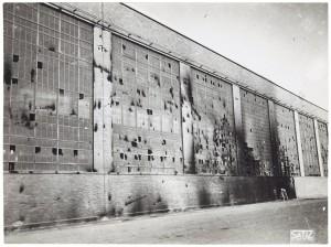 FIAT Autocentro - Stabilimento di Mirafiori. Effetti prodotti dal bombardamento dell'incursione aerea del 20-21 novembre 1942. UPA 2202_9B06-41. © Archivio Storico della Città di Torino