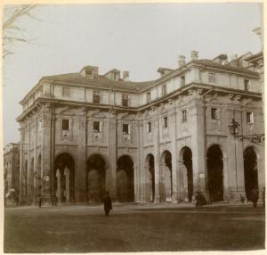 Quartieri Militari. Fotografia di Mario Gabinio, 1902. © Fondazione Torino Musei - Archivio fotografico.