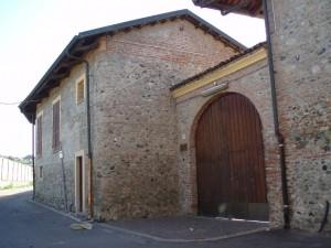 Cascina Tetti Basse di Dora, lato est. Fotografia di Emanuela Lavezzo, 2008.