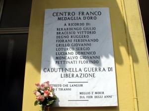 Lapide dedicata a Franco Centro e altri nove caduti nella resistenza