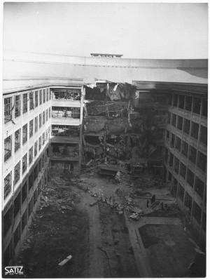 Via Nizza. Stabilimento FIAT Lingotto. Effetti prodotti dai bombardamenti dell'incursione aerea del 30 novembre 1942. UPA 2463_9C03-20. © Archivio Storico della Città di Torino