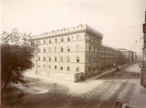 Caserma Cernaia, vista dall'alto da nord-est. Fotografia di Mario Gabinio, 14 ottobre 1925. © Fondazione Torino Musei - Archivio fotografico