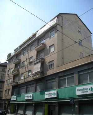 Edificio di civile abitazione via Monginevro 18