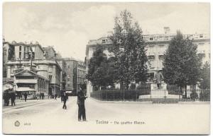 Monumento a Giovanni Battista Bottero in piazza IV Marzo. © Archivio Storico della Città di Torino