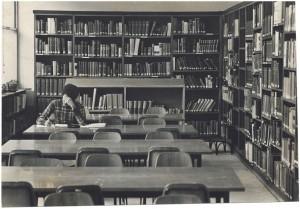 Nuovo edificio della Biblioteca civica, sala di consultazione, post 1960. Biblioteca civica Centrale © Biblioteche civiche torinesi