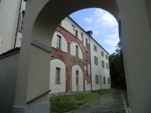 Castello di Lucento. Particolare della facciata posteriore.Fotografia L&M, 2011.