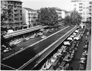 Mercato di via Madama Cristina, foto Trevisio, s.d. © Archivio Storico della Città di Torino (ASCT, Fototeca, 10B08_090)