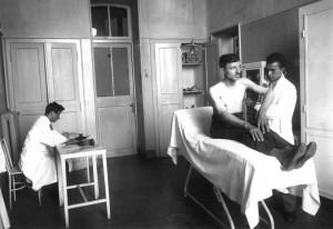 Il Birago di Vische in un'immagine d'archivio. Visita in ambulatorio. Archivio Storico Relazioni Esterne ASL1.