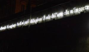 """Luci d'Artista Joseph Kosuth """"Doppio passaggio (Torino)"""""""