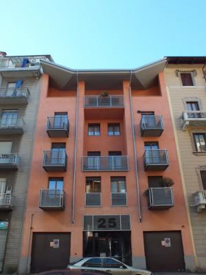 Edificio di civile abitazione in via Domodossola 25