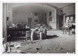 Regia Università, Facoltà di Magistero, Via della Cittadella 3. Effetti prodotti dai bombardamenti dell'incursione aerea del 9 dicembre 1942. UPA 3027_9D02-55. © Archivio Storico della Città di Torino/Archivio Storico Vigili del Fuoco