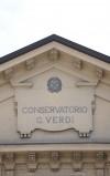 Particolare della facciata del Conservatorio Giuseppe Verdi. Fotografia di Edoardo Vigo, 2012