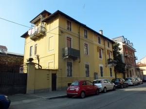 Edificio residenziale in via Beaulard 60. Fotografia di Paola Boccalatte, 2014. © MuseoTorino
